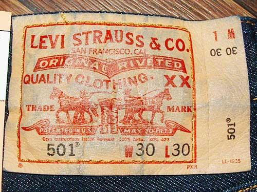 Etiquette arrière jean Levi's 501