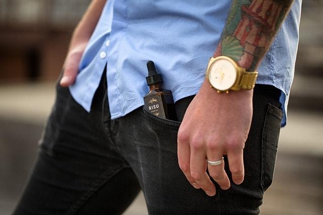 Chemise et jeans homme