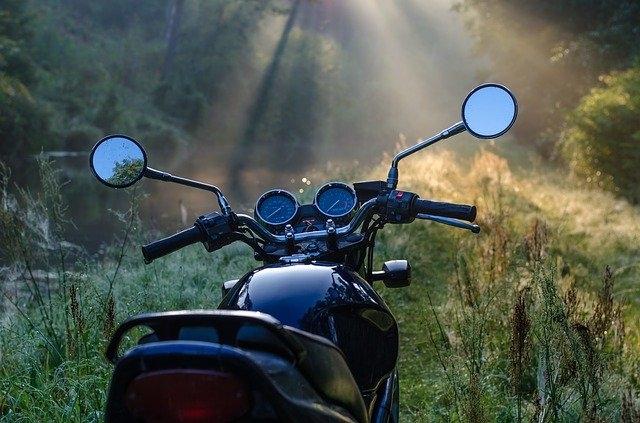 Quelle cylindrée moto jeune conducteur ?