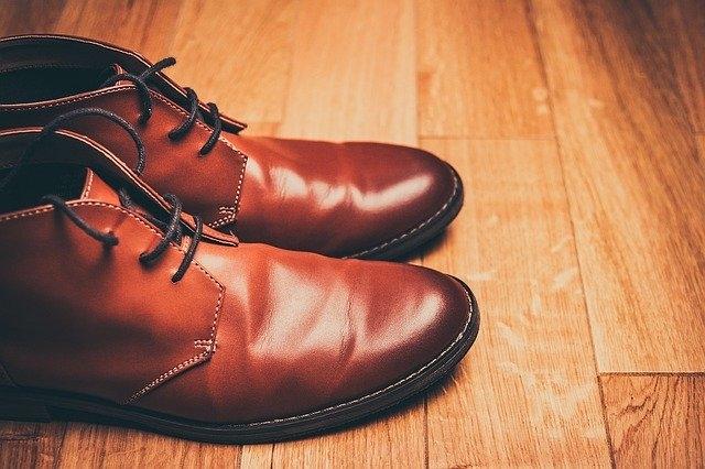 Quelle marque de chaussure richelieu ?
