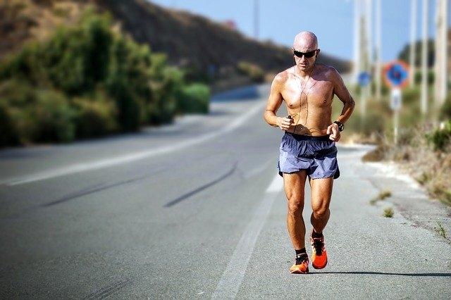 Comment bien porter un jogging homme ?