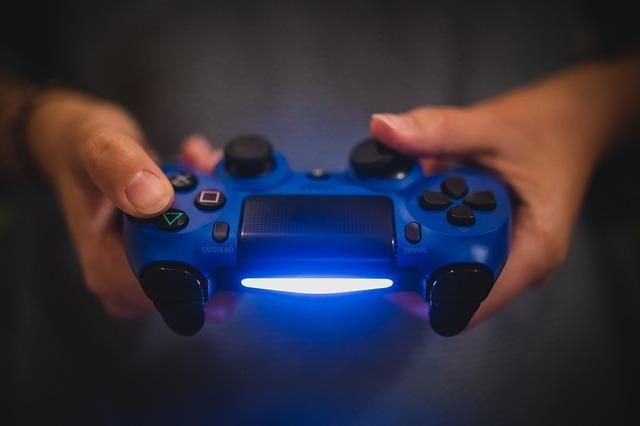 Comment savoir si sa PS4 est pro ?