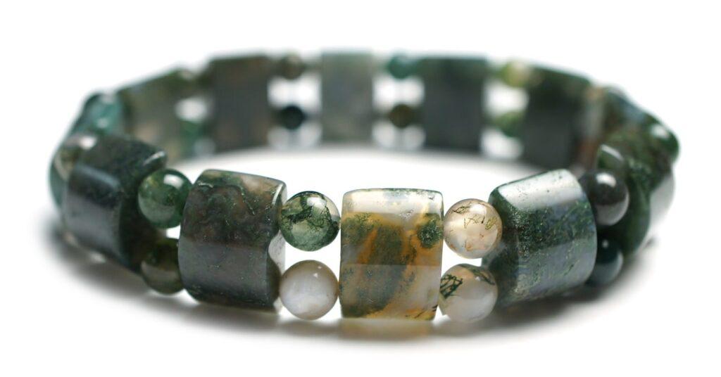 bijoux en pierre homme